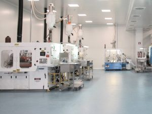 FOCUS: fabrication d'emballages pharmaceutiques primaires en salle blanche