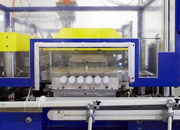 Medisize-production-en-salle-propre-iso7